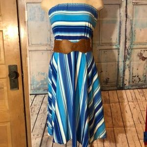 Strapless dress with belt
